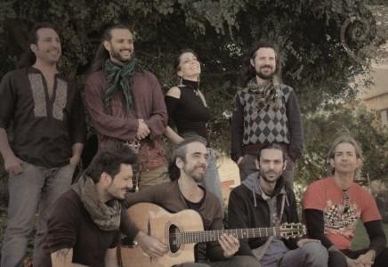 Intervista agli Almamediterranea che presentano Sentieri in libertà, il nuovo album