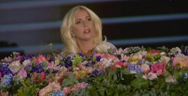 Lady Gaga emoziona tutti con Imagine ai Giochi di Baku