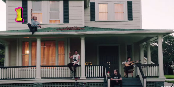 5-seconds-of-summer-she-s-kinda-hot-video