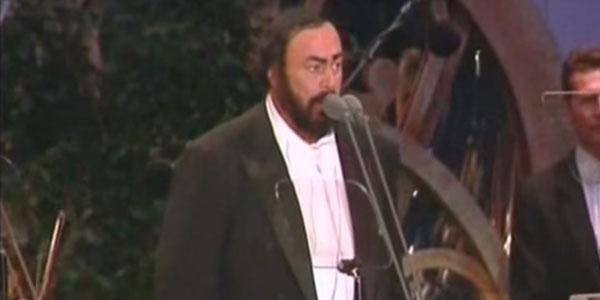 luciano pavarotti concerto modena in memoria