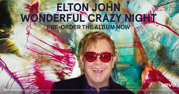 Elton John: tracklist nuovo album e audio del singolo Looking Up