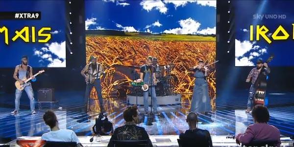 """Iron Mais: la loro """"Viva la Mara"""" conquista Xtra Factor – video"""