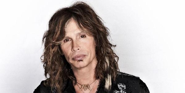Steven Tyler degli Aerosmith: forse un concerto in Calabria