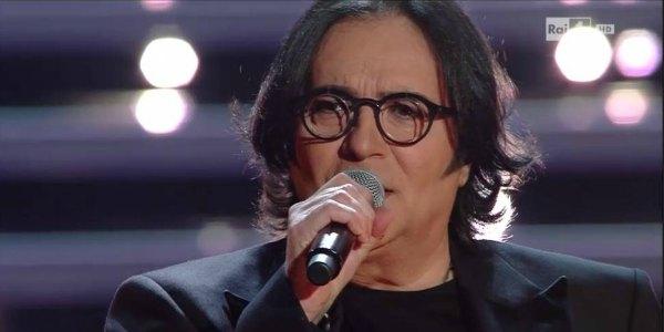Renato Zero conquista Sanremo 2016 con le sue canzoni – video