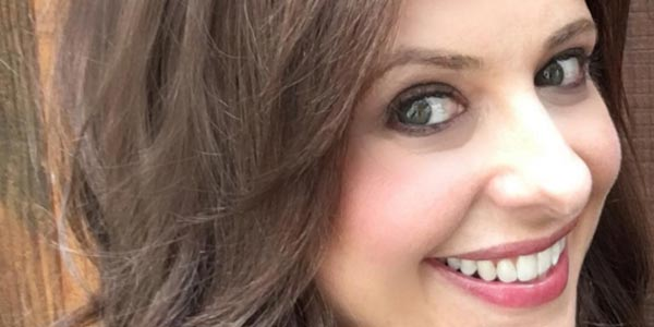 Cruel Intentions: Sarah Michelle Gellar castana nella foto dal set