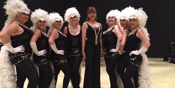 Imola: il burlesque delle Mollette di Molly May a Ballando Con Le Stelle (video)