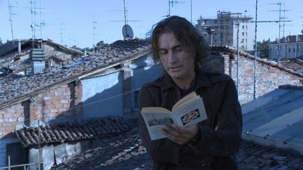 Ligabue: ecco la trama del nuovo libro di racconti Scusate Il Disordine