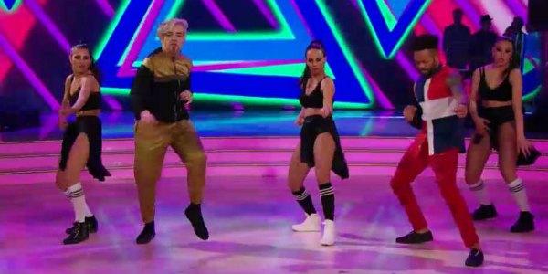Morgan a Ballando Con Le Stelle tra breakdance e Moonwalk (video)