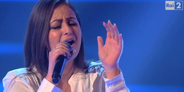 The Voice 4: la napoletana Viviana Buonomo conquista il Team Killa (video)