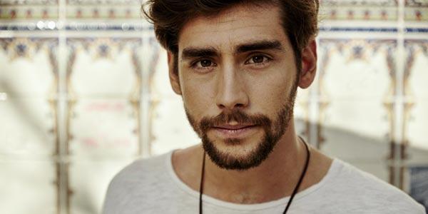 Alvaro Soler torna con il nuovo singolo Sofia in rotazione radiofonica