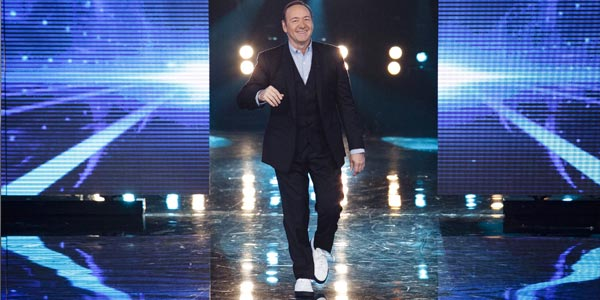 amici 15 primo serale kevin spacey