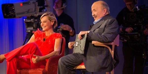 Maurizio Costanzo Show: Simona Ventura tra i protagonisti nella puntata del 22 maggio