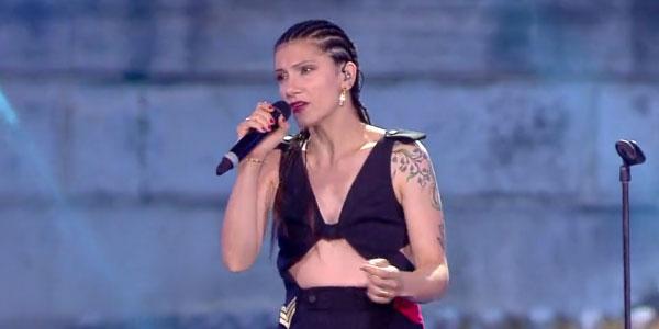 Elisa canta No Hero al Coca Cola Summer Festival – video