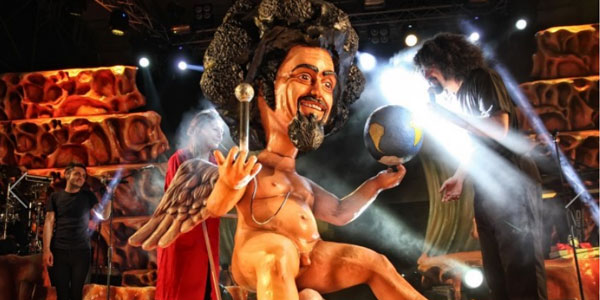 Caparezza: all'asta le scenografie del Museica Tour per Emergency