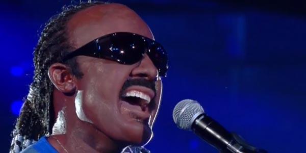 Davide Merlini imita Stevie Wonder Tale e Quale Show video