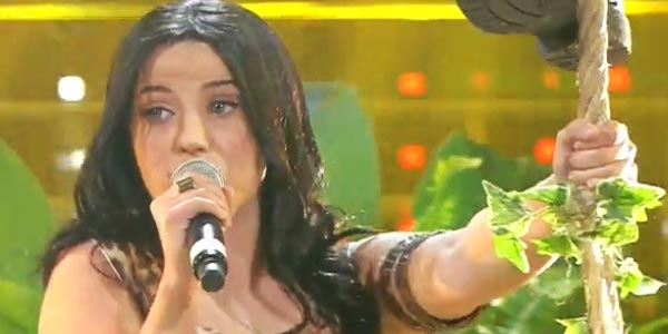 Tale e Quale Show: Deborah Iurato è la superstar Katy Perry – video