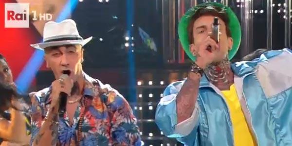 Leonardo Fiaschi imita J-Ax Tale e Quale Show video
