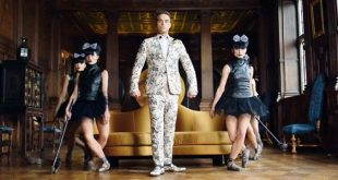 Robbie Williams Party Like a Russian video e testo