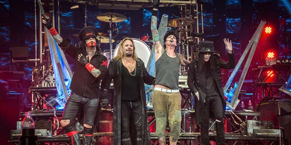 Motley Crue The End film oggi al cinema