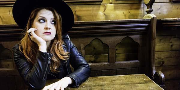 Noemi: è online l'intenso video del singolo Amen