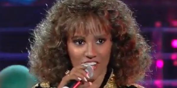 Tale e Quale Show Deborah Iurato imita Whitney Houston
