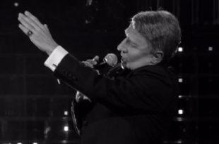 Tale e Quale Show Manlio Dovì imita Frank Sinatra