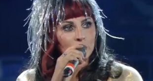Tale e Quale Show Silvia Mezzanotte imita Cher