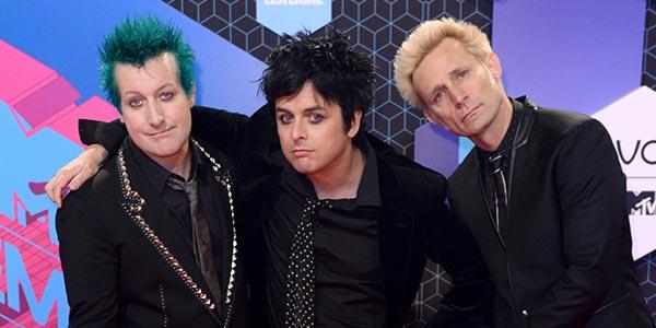 MTV EMA 2016: i Green Day ricevono il Global Icon Award e incendiano Rotterdam – video