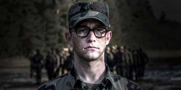 Snowden: trama e recensione del nuovo film di Oliver Stone