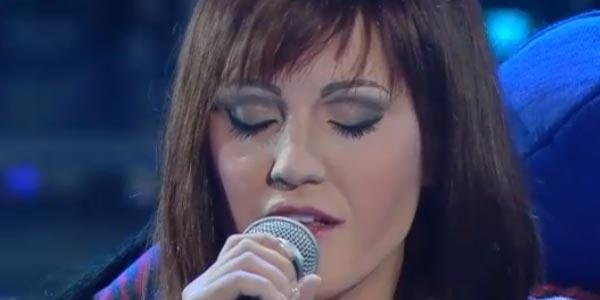 Tale e Quale Show: Deborah Iurato imita Alexia – video