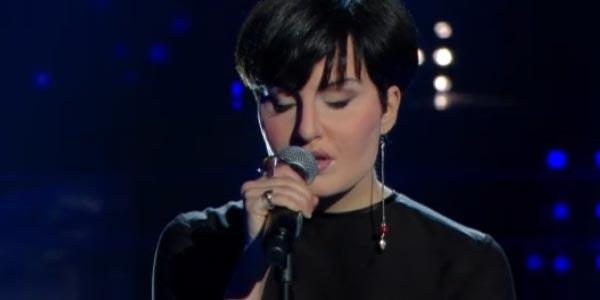 Tale e Quale Show: Giulia Luzi imita Arisa – video