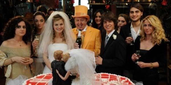 A Natale mi sposo, film stasera in tv su Canale 5: trama