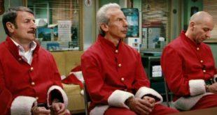 La banda dei Babbi Natale film stasera in tv trama