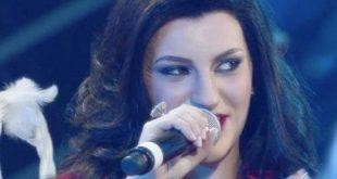 Na Tale E Quale Show Deborah Iurato imita Laura Pausini