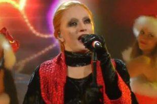 Na Tale E Quale Show Silvia Mezzanotte imita Mina