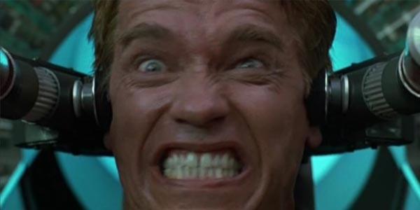 Atto di forza, film stasera in tv su Rete 4 con Schwarzenegger: trama