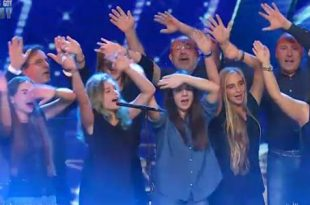 Italias Got Talent 2017 Summertime Choir Mamma Mia video