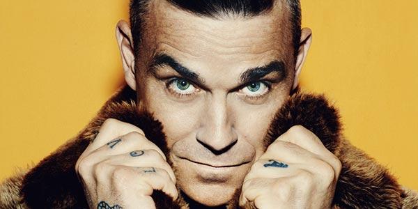 Robbie Williams a Sanremo 2017 incendia l'Ariston – video esibizione