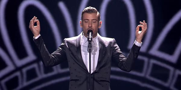 Eurovision 2017: Francesco Gabbani canta Occidentali's Karma in semifinale – video