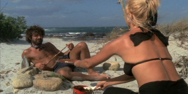 Travolti da un insolito destino nell'azzurro mare d'agosto film stasera ...