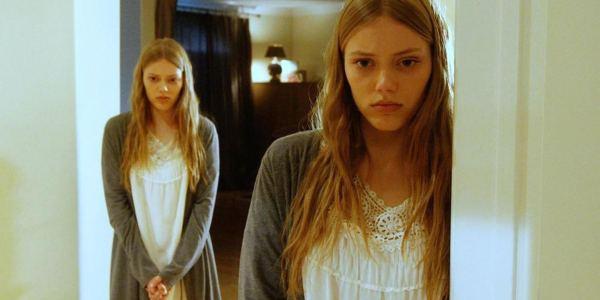 Cattive gemelle film stasera in tv 24 giugno: trama, curiosi